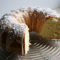 Coconut Bundt Cake With Powdered-Sugar Glaze