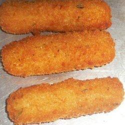 Deep Fried Mozzarella Cheese Sticks