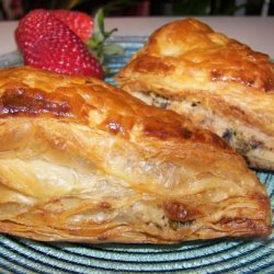 Creamy Chicken and Garlic Picnic Pasties-Parcels With Boursin